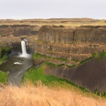 "Palouse Falls - farther back • <a style=""font-size:0.8em;"" href=""http://www.flickr.com/photos/56452031@N00/8863109073/"" target=""_blank"">View on Flickr</a>"